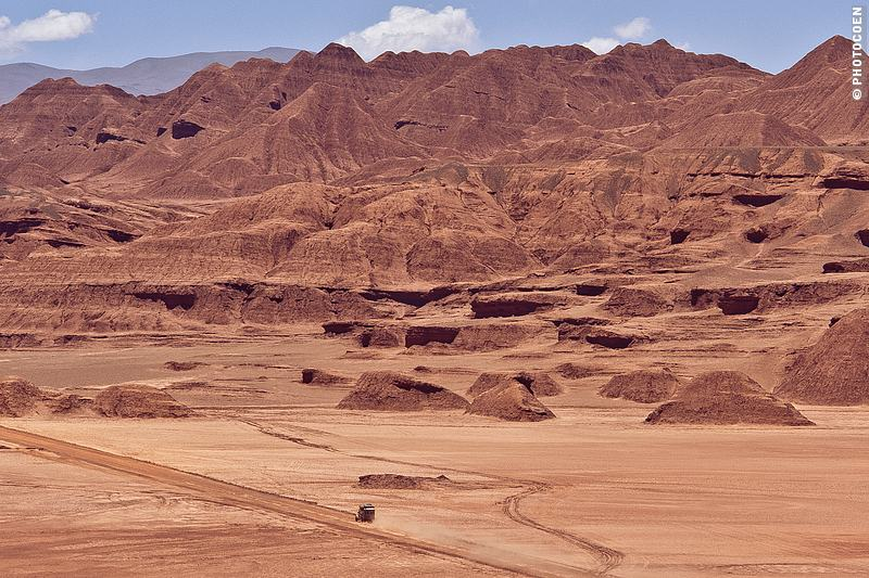 Silence in Deserto do Diablo in Northwest Argentina (©photocoen)
