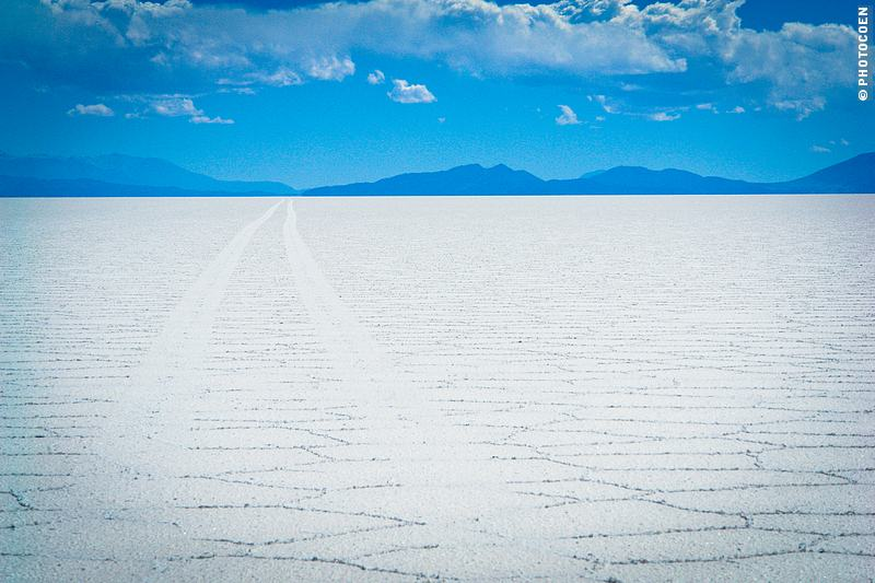 Places in South America to listen to silence: Salar de Uyuni in Bolivia (©photocoen)