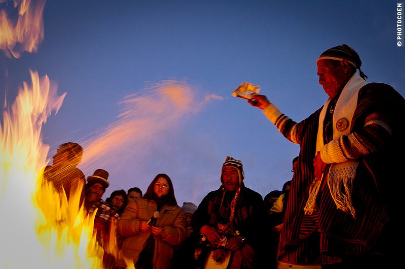 Making Offerings During the Aymara New Year in Valle de La Luna (©photocoen)