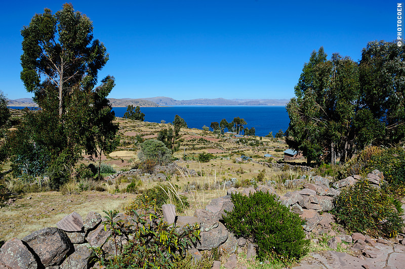 View of Lake Titicaca from Llachón, Peru (©photocoen)