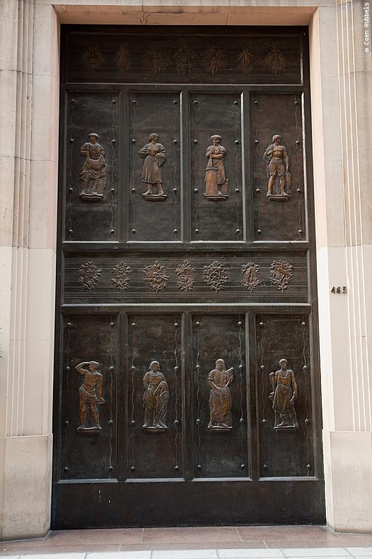 Banco de la Provincia de Buenos Aires in Argentina (©photocoen)