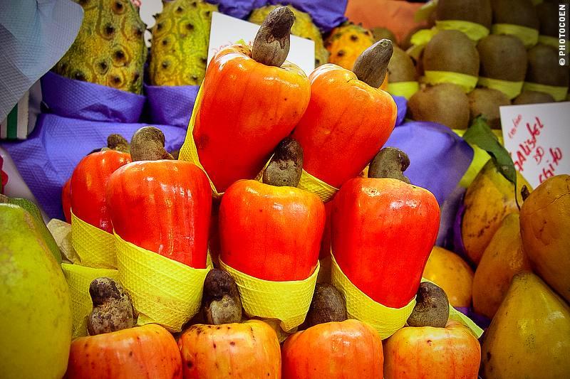 Market in São Paulo (©photocoen)