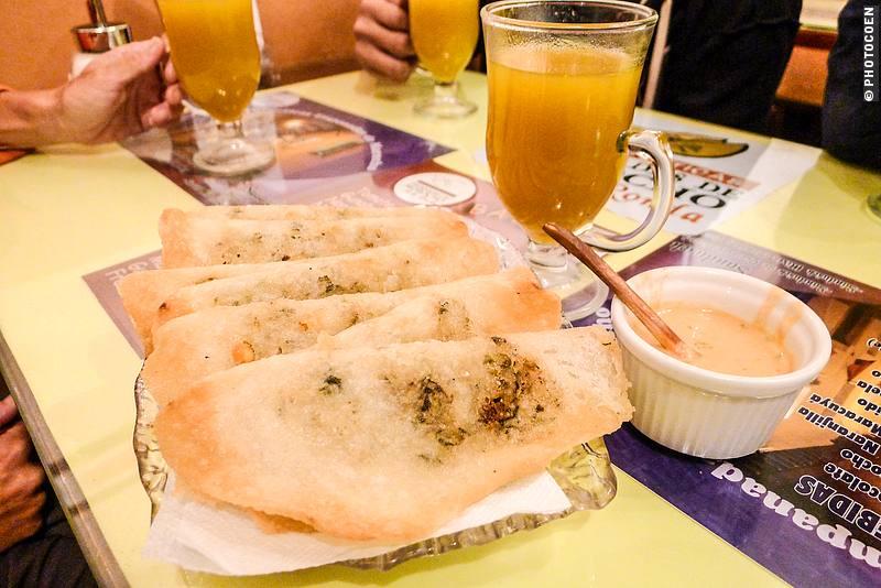 Empanadas and canelazo