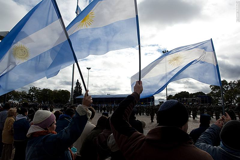 Argentinians in Rosario during Flag Day (©photocoen)