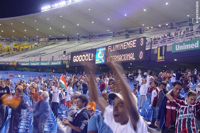 Football Game in Maracaña, Rio de Janeiro (©photocoen)